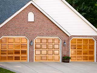 What Your Door Says | Garage Door Repair Buffalo Grove, IL